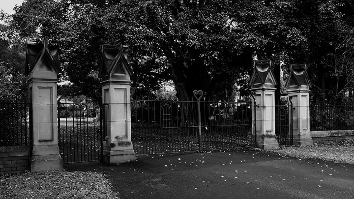 Toowong Cemetery Ghost Tours